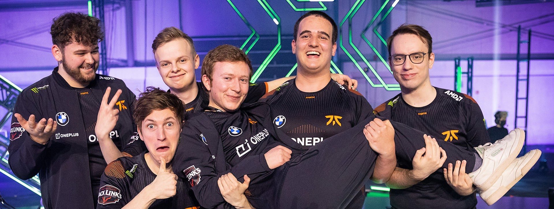 FNATIC coach mini talks Sentinels, atmosphere and mixed backgrounds