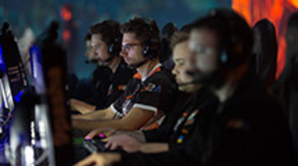 Virtus.pro contracts extended to end of 2018