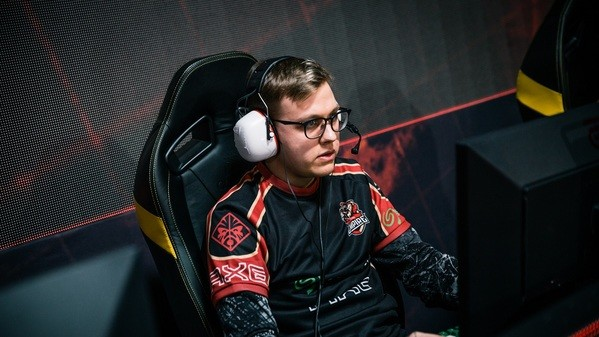 fn departs - only three players remain at Team Empire