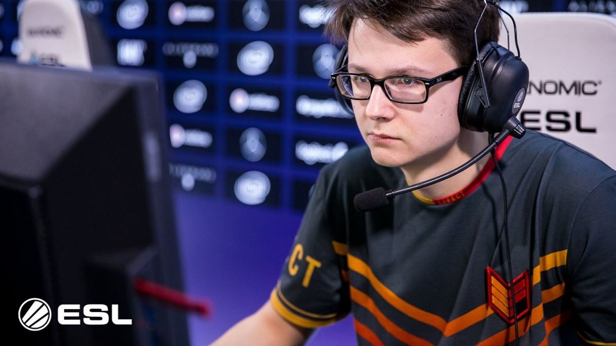"""Empire.StrangeR: """"We tested players on different roles in different combinations."""""""