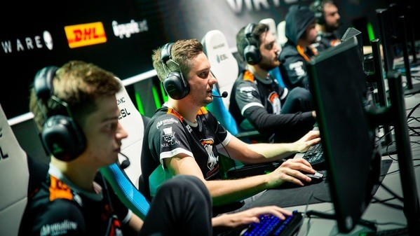 Virtus.pro and ferzee in the ultimate battle for glory