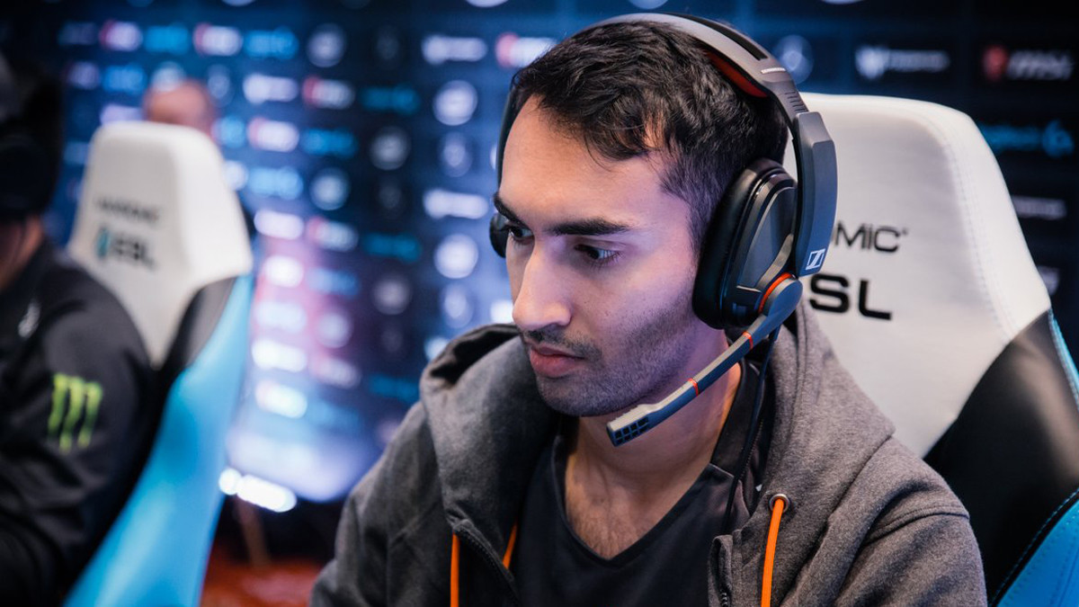 Five threes: who are 5 of the most legendary offlaners?