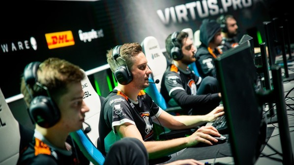 Dreamleague S11: Team Secret and Virtus Pro set for a showdown in the Lower Bracket