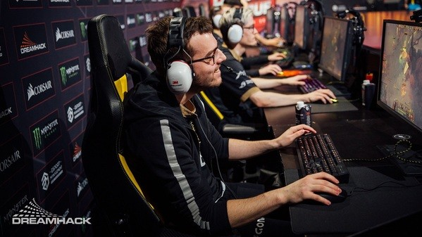 NiP, Alliance or someone else? The EU competition for the Minor is tough