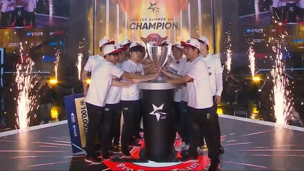 Griffins Finalfluch hält an: SKT erneut LCK-Champion