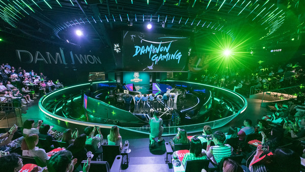 KING-ZONE gestoppt: DAMWON Gaming für Worlds qualifiziert