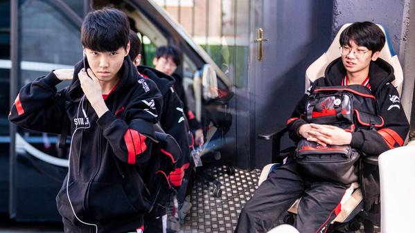 LCK-Powerhouse DragonX stellt neues Team vor