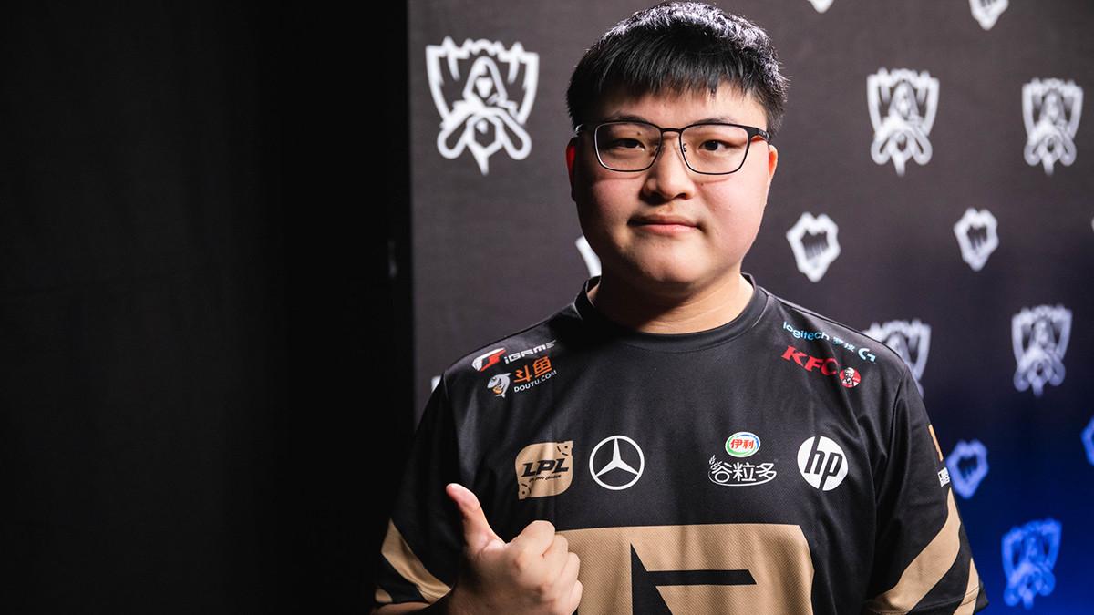 Superstar Uzi beendet offiziell seine Karriere als Profi